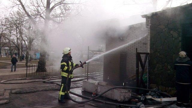 В Киеве утром сгорело кафе