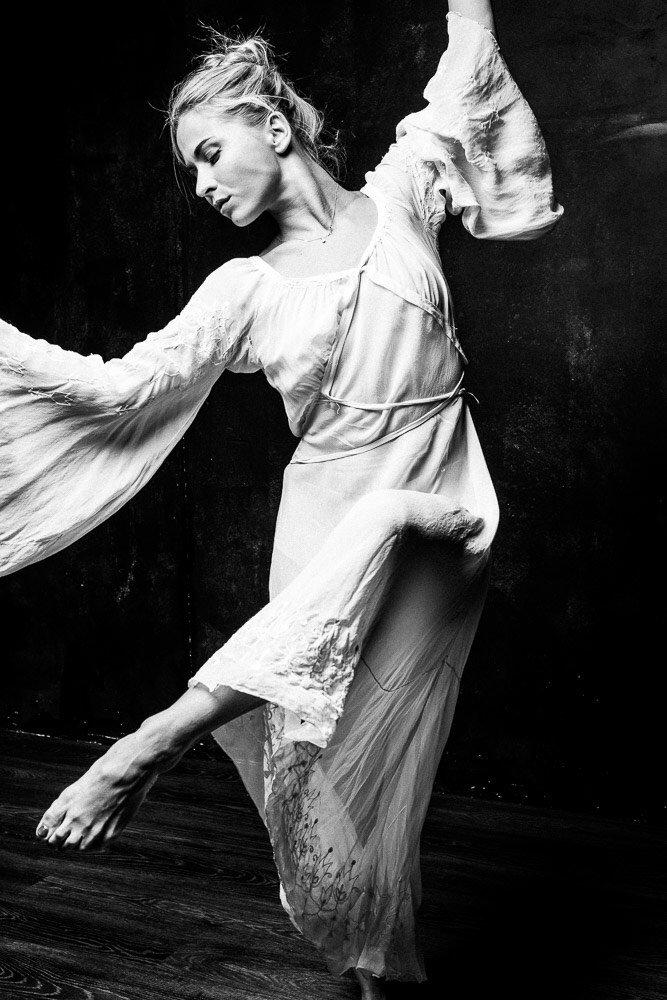 Эстетичность, искренность и вейп — рецепт фееричных постановок от Олеси Шляхтич